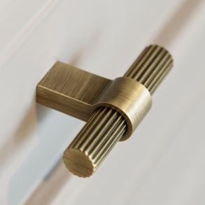 Beslag Design T-bar möbelhandtag - Model Helix Stripe