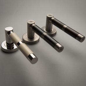 Dörrhandtag - Model P2771 Turnstyle Design