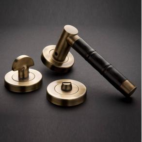 Dörrhandtag - Model P2856 Turnstyle Design