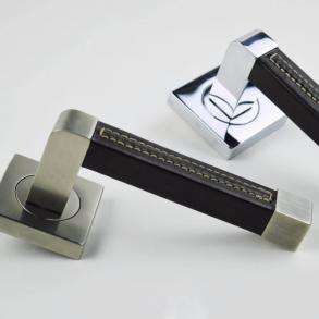 Dörrhandtag - Model R1941 Turnstyle Design