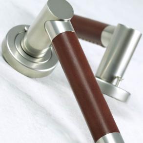 Dörrhandtag - Model R3083 Turnstyle Design