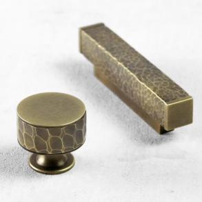 Turnstyle designar möbelknoppen modell HS2090