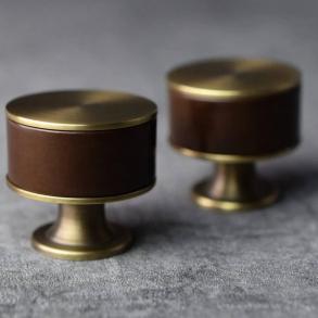 Turnstyle designar möbelknoppen modell P5065