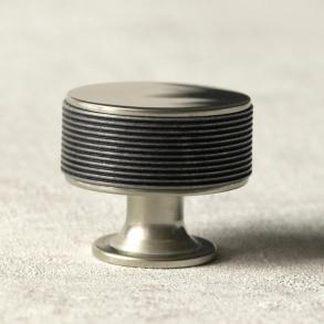 Turnstyle designar möbelknoppen modell P5082