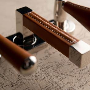 Dörrhandtag R1025 - Fyrkantig - Stitch Out - Cutting - Leather